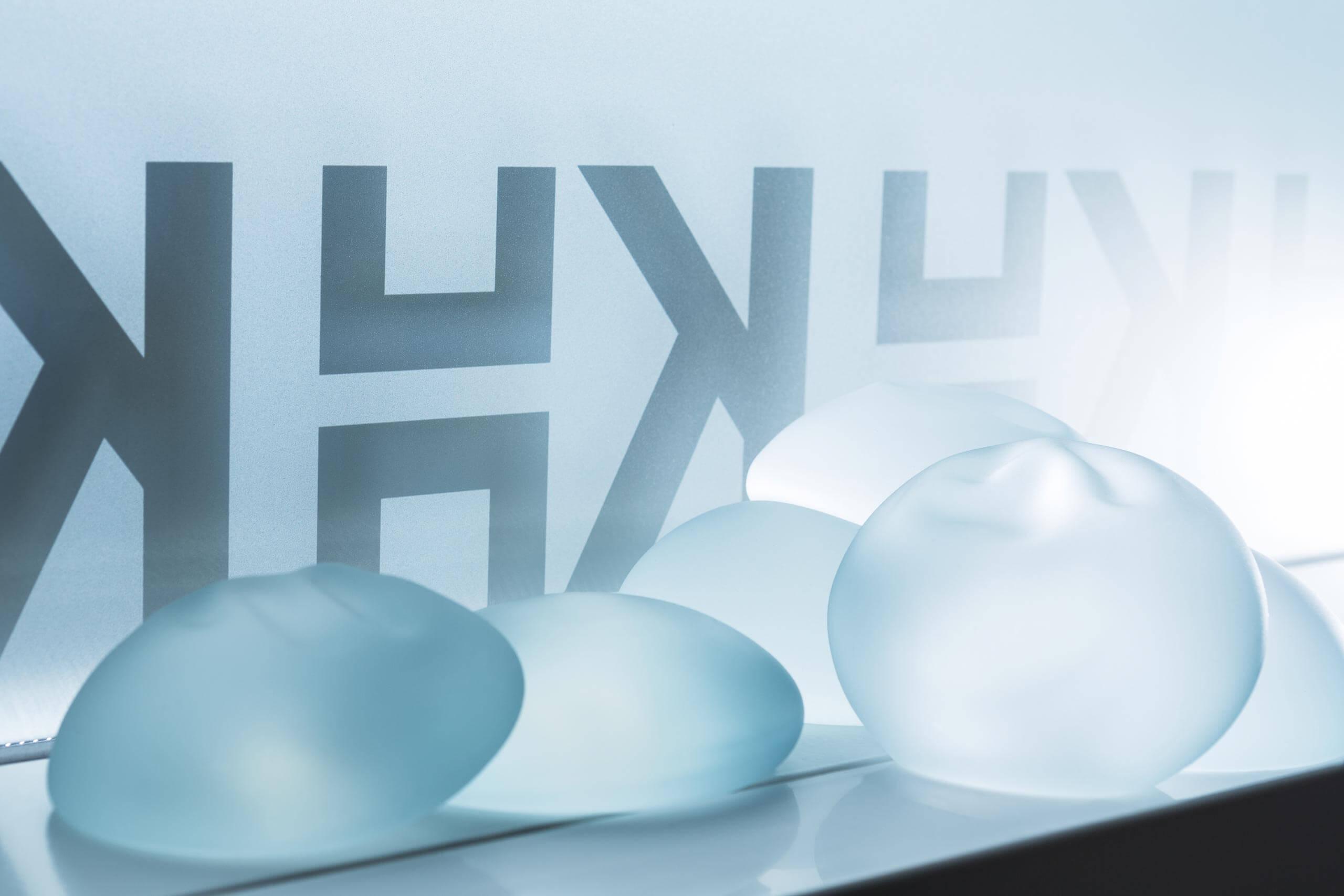 Bilde av brystproteser fra Klinikk Haukeland