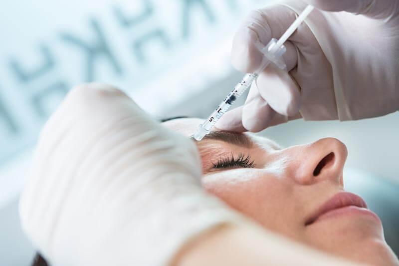Bilde fra behandling av trøtte øyne hos Klinikk Haukeland